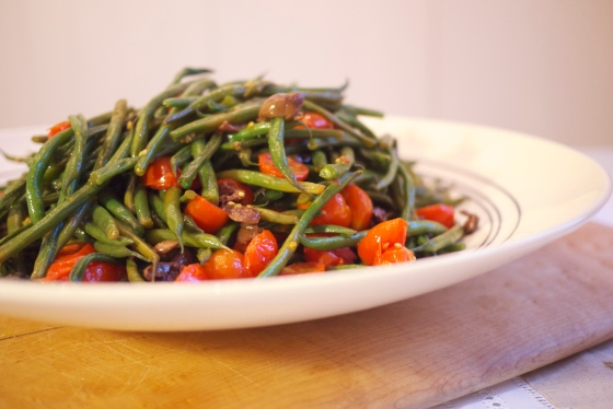 Green Bean, Tomato and Olive Salad
